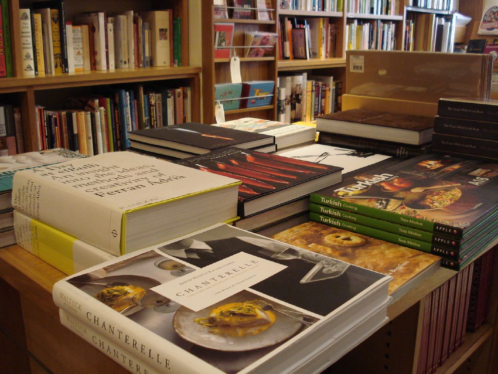 Lots of cookery books by RachelH_, on Flickr