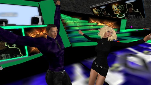 xavier, raftwet at dance island party