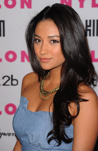 shay mitchell fotos. Shay Mitchell, Pretty Little