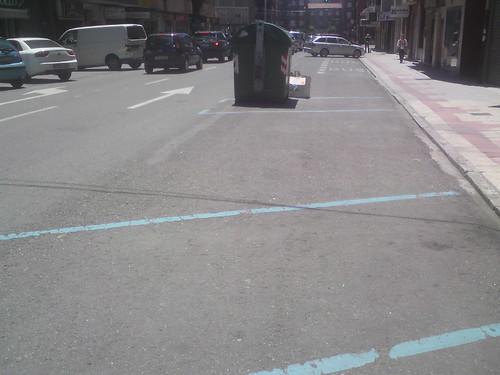 vista de la parada y aparcamientos