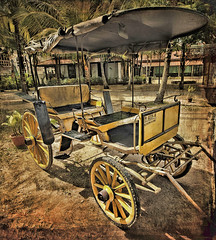A nicely preserved carriage on display at the Malay Heritage Centre, Singapore (williamcho) Tags: old friends heritage history tourism museum singapore carriage display wheels transport nationalgeographic d300 sultanmosque imagesofsingapore istanakampongglam malayheritagecentre flickraward astoundingimage flickrestrellas williamcho photosonsingapore