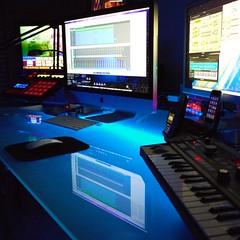 P1010408 (megalaser) Tags: studio office workshop workspace