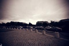 (Nohition) Tags: travel paris canon îledefrance sigma 1020mm 2010 larcdetriomphe champsélysées 400d nohition