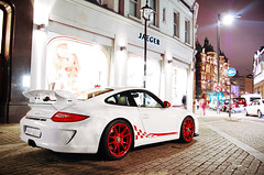 Porsche GT3 MK II (Willem Rodenburg) Tags: uk red 2 white 3 colour london k wheel night photoshop nikon colours unitedkingdom mark united wheels picasa kingdom ii porsche u brakes brake 1855 rims wit rs blanc mk willem londen lightroom gt3 d40 rodenburg