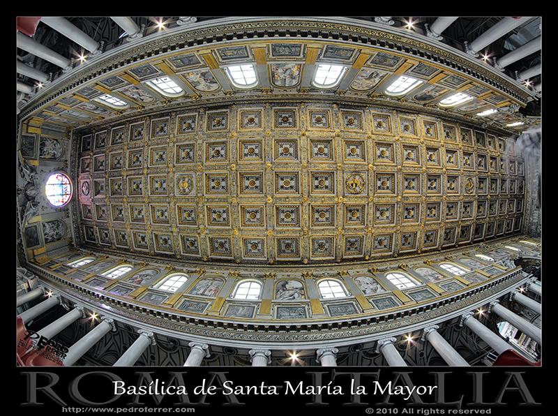 Roma - Basílica papal de Santa María la Mayor - Techo artesonado