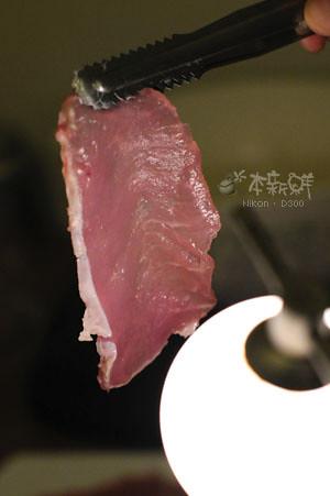 切很薄的豬里肌肉片