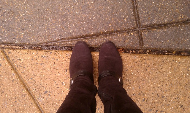 liz's feet