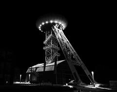 U.F.O (-SebsTian-) Tags: black white schwarz weiss night shadow light sony a58 tamron 1750