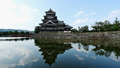 Matsumoto Castle/ 国宝 松本城 (maco-nonch★R) Tags: matsumoto castle burg 松本城 bluesky reflection 反射 longdrive japanesecastle nagaho summer august water château fine weather shinsyu 信州 松本 長野 nagano