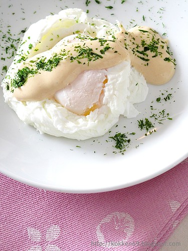 Poached Egg with Tomato Mayonnaise