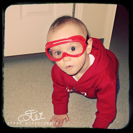 GoggleAshweb