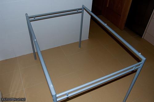 Foto montaje mesa laver con 4 sillas de ikea for Mesa cristal templado ikea