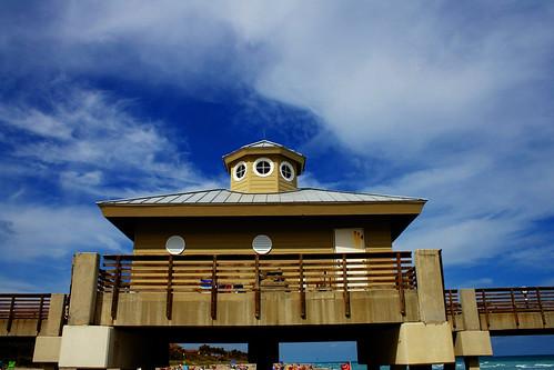 Juno Beach pier HDR 2
