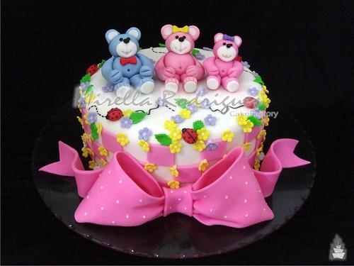 Bolo decorado para chá de fraldas / Baby shower cake
