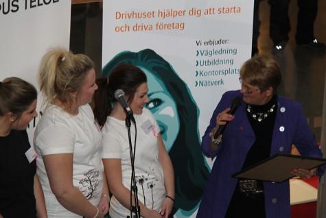 Maud Olofsson inviger Drivhuset i Södertälje och delar ut priset till Årets Unga Företag