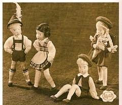 Erna Meyer Puppen 1949 (diepuppenstubensammlerin) Tags: old vintage germany children mnchen toy toys deutschland doll dolls child alt spielzeug meyer spiel erna puppe puppen antik dollshouse altes posable puppenhaus puppenstube antikes doll puppenstuben house poupes puppenhuser biegepuppen dolls puppenmanufaktur