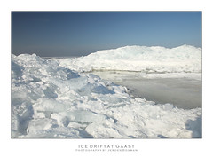 Ice drift at Gaast / Kruiend ijs bij Gaast (Jeroen Bosman) Tags: winter mountains ice netherlands frozen hiver eis wit friesland ijsselmeer glace drift pileup ijs frisia gaast ijsbergen kruien kruiend kistwerk