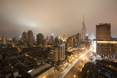 Shanghai (arndalarm) Tags: china light night licht shanghai nacht highrise   shanghaiist worldfinancialcenter jinmaotower gettyimages wfc hochhaus  huangpu orientalpearltower peoplessquare   zhabei xizangzhonglu royalmeridien arndalarm  zhnggu zhabeidistrict  tibetroad rnmngungchng huangpudistrict  img6414cueklein