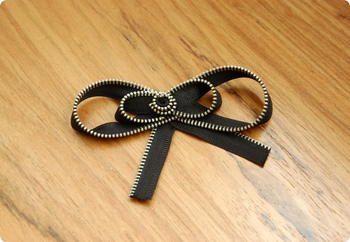 Zipper Bow