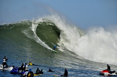 TrailBlazer (Lyrinda) Tags: ocean sea seascape photo surf waves surfer contest wave surfers halfmoonbay mavericks pillarpoint princetonbythesea mavericks10
