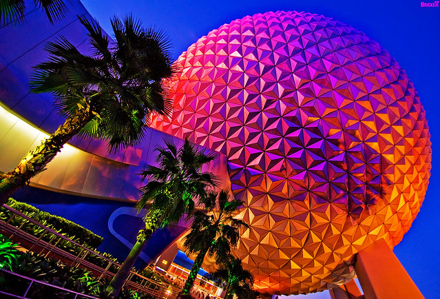 EPCOT Center's SpaceShip Earth @ 11mm