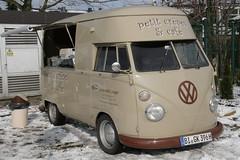 VW Bus T1 (sonjasfotos) Tags: bus vw vintage oldtimer bully t1 t2 bulli splitscreen oldtimermarkthamm