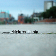 eklektronik mix coverart (rktic) Tags: music art mix nikon d70 bokeh hamburg cover hh hafen dubstep soundcloud allersans