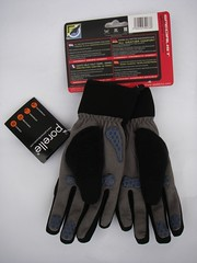 "Luvas ""Ladies All Weather Cycle"" da SealSkinz"
