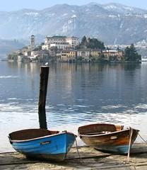 Lago dOrta  Isola di San Giulio (giovanni_novara) Tags: italy lake water lago island italia basilica acqua isola orta lagodorta isoladisangiul