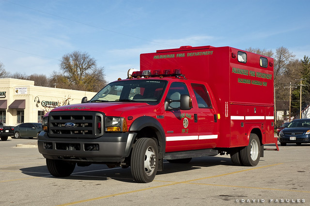 usa ford wisconsin milwaukee trucks firefighting wauwatosa wi hazmat mfd fireapparatus milwaukeecounty milwaukeefiredepartment haz2