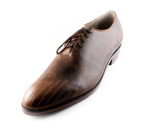 Figura 02 Shoes42_Minimal Oxford with Ray Stitching in Brown Museum Calf