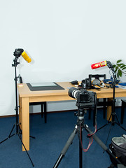 Product photography setup (Victor van Dijk (Thanks for 2.7M views!)) Tags: favorite canon reporter fave stealth setup pringles 70200 aw manfrotto 430 026 lowepro swivel faved 035 alienbees snoot superclamp 430ex d400 488rc2 strobist 40d 055xprob cybersync