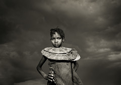 Pokot girl with necklace under a cloudy sky - Kenya (Eric Lafforgue) Tags: africa necklace kenya flash culture tribal tribes afrika tradition collar tribe ethnic tribo ringflash afrique ethnology tribu qunia lafforgue ethnie  qunia    kea   a pokotpokhotgirlstormorageskydarksky truthandillusion