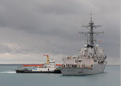 100416-N-3215T-085 (U.S. Pacific Fleet) Tags: japan okinawa whitebeach ddg85 ussmccampbell