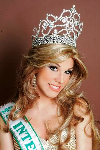 Runner up Miss Gay Venezuela 2007 - how on earth did he not win!