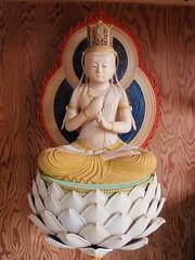 Les sculptures en bois de Bouddha