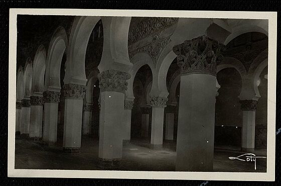 Sinagoga de Santa María la Blanca a comienzos del siglo XX. Foto Loty