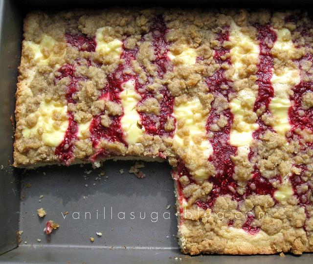 vanilla sugar blog: raspberry-cream cheese crumb cake
