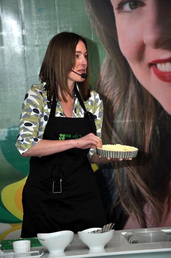 Laura Calder Apple Cream Tart Making