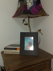 Eu e minhas invenes de aprendiz de feiticeira!! (La favelle by Anaclaudia Antunes) Tags: quilt patchwork cama abajur colcha bredspreien