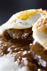 Loco Moco (3/3) (Jim U) Tags: food home sonyhvlf56amflash nikonsb80dx 12mmkenkoextensiontube sony900 minolta85mm14grs cafeworld 21x20inchdiysoftbox
