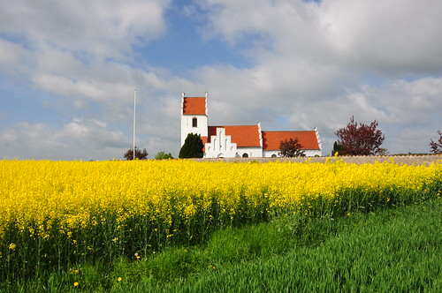 Kindertofte Kirke by Martin Nikolaj, on Flickr