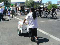 Cops and Palletas (xomiele) Tags: arizona news phoenix march protest protesta immigration protesters debate marcha reform 1070 protestas palletas sb1070 altoarizona xomiele