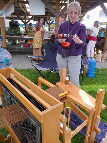 Sue winding bobbins for weaving