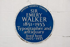Photo of Emery Walker blue plaque