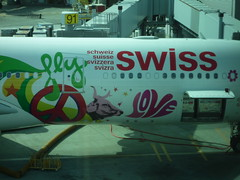 SWISS SFO Airplane Front