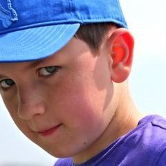 YHE (beta karel) Tags: portrait square flickr 2010 canoneos40d betakarel