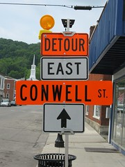 Detour Conwell St.