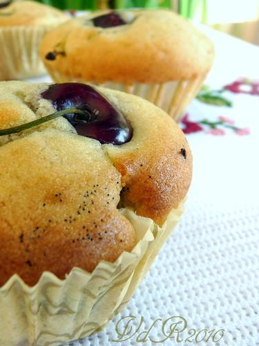 Muffins,ciliegie, vaniglia e mascarpone