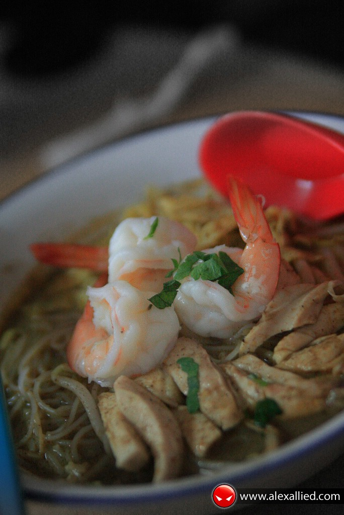 Best Kuching Laksa at Choon Hui Cafe